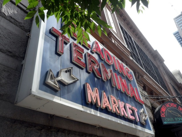 the_reading_terminal_market_sign
